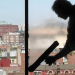 Limpieza de cristales de difícil acceso en oficinas y comunidades de vecinos de Valencia