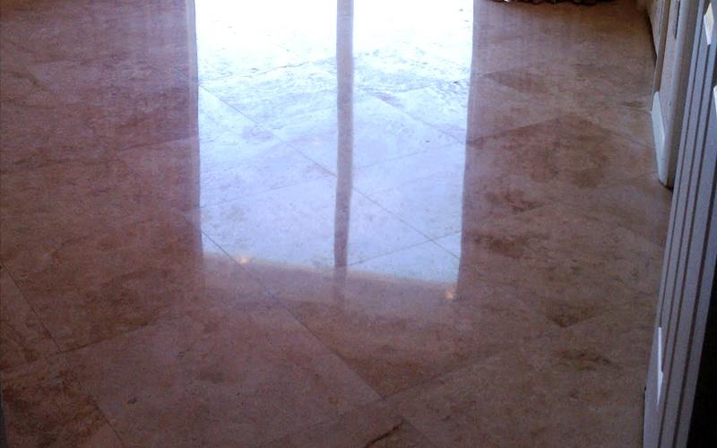Limpieza de suelos de mármol en Valencia